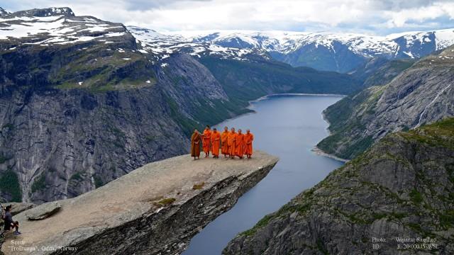 Turen til Trolltunga med munkene 045b